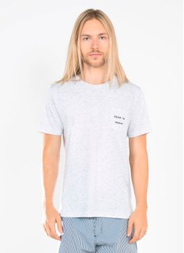 114791_043_1_M_T-SHIRT-ESP-COLLAB-SAINT-STUDIO