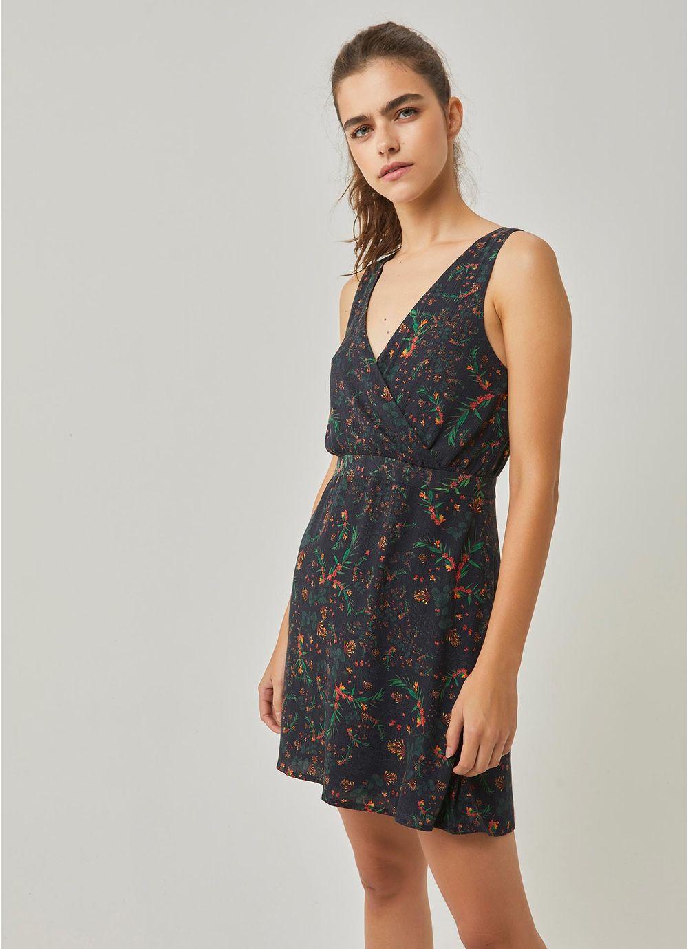 65a651288ad5 Vestido curto estampado liberty PRETO - Compre Online na Redley!