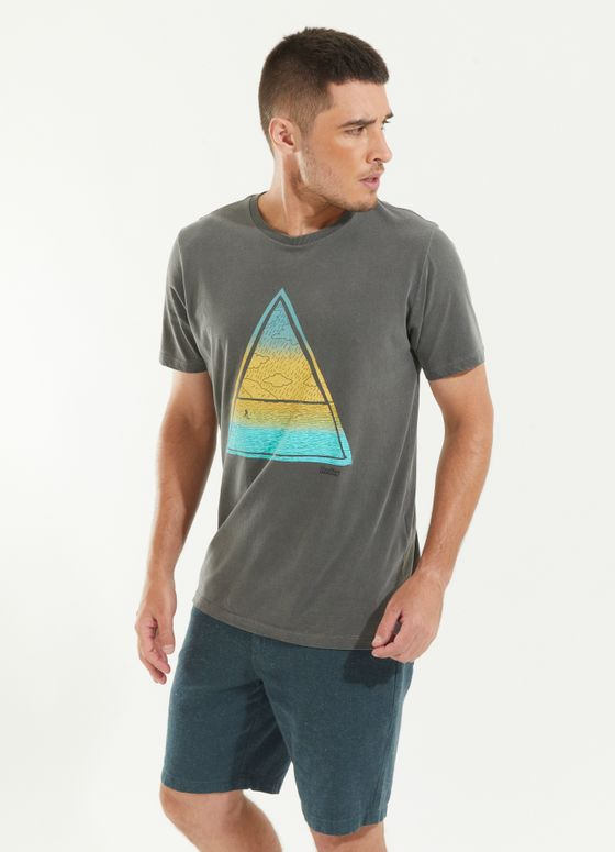 120997_021_2_M250_T-SHIRT-TINTURADA-TRIANGULO-BEACH