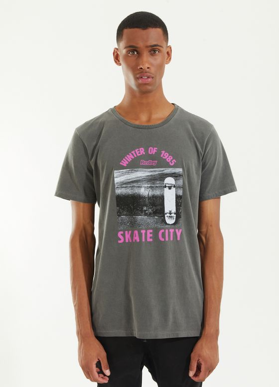 121192_021_1_M212_T-SHIRT-TINTURADA-SKATE-CITY